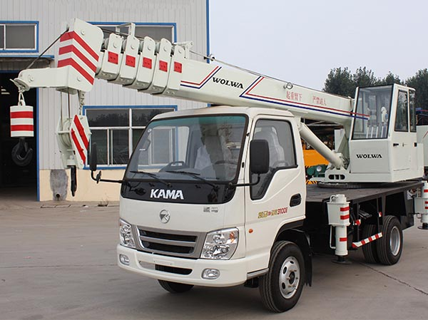 Wolwa GNQY-C6 6 tons Automobile crane